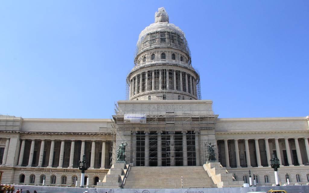 Was die Amerikaner können, können die Kubaner schon lang: Das Capitolio ist dem Bau in Washington D.C. nachempfunden.